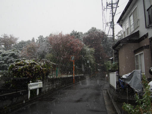 20161124・11月なのに初雪空05・7時02分