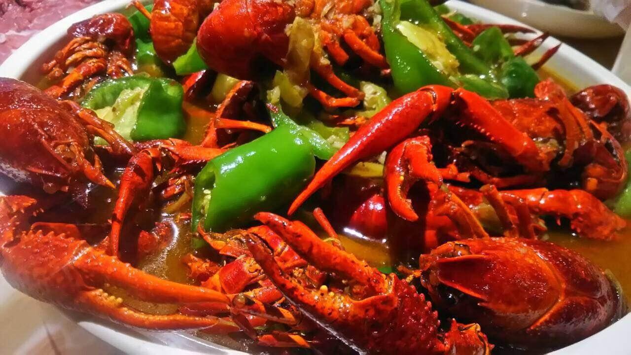 China 上海 アメリカザリガニ