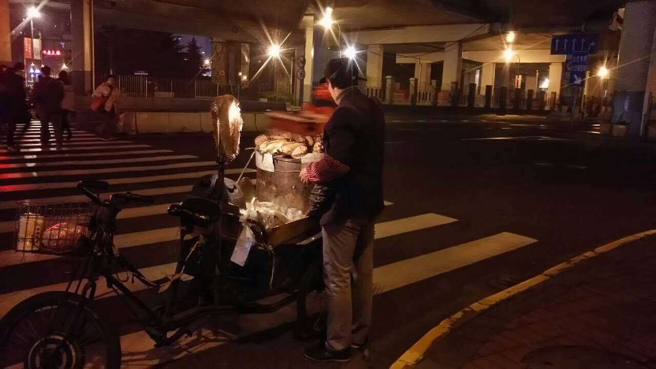 China上海・自転車焼き芋屋さん