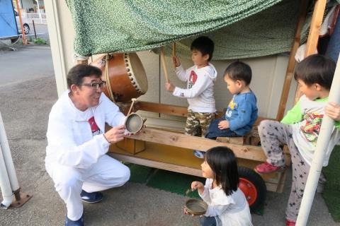 「子供たちが集まるとお祭りが始まるヨ!」②