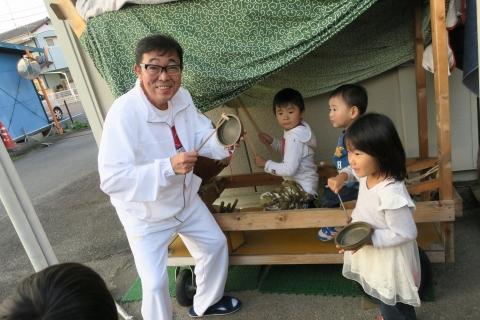 「子供たちが集まるとお祭りが始まるヨ!」⑤