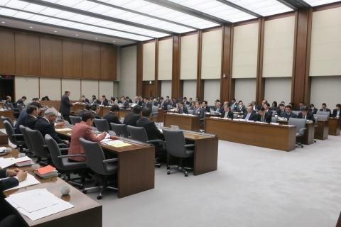 平成28年12月20日「予算特別委員会」①