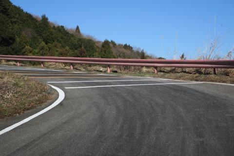 「風返峠を道路改良してドリフト族対策」⑤