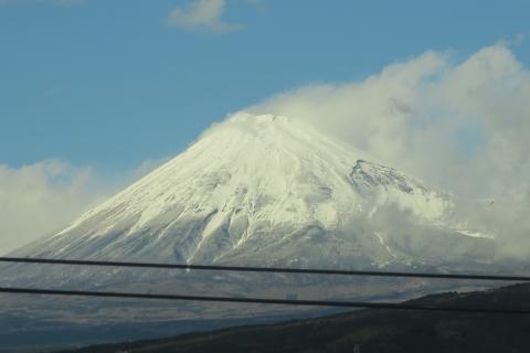 「新幹線から富士山を撮ってみました!」