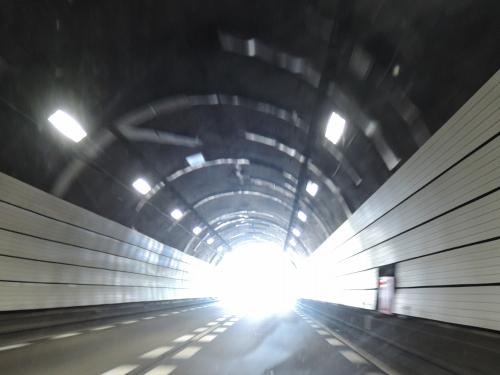500トンネルと科学への信頼3