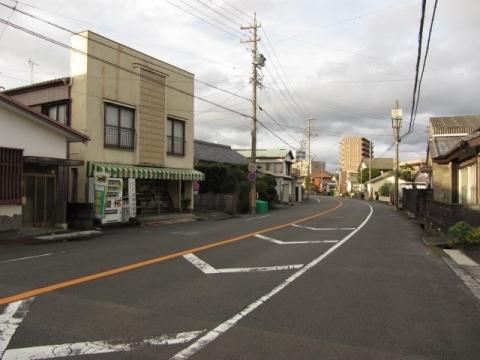 旧東海道 南新屋