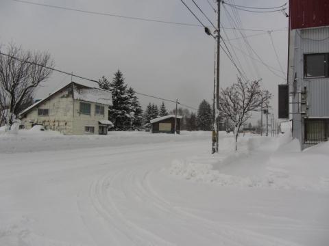 旧政和駅前国道