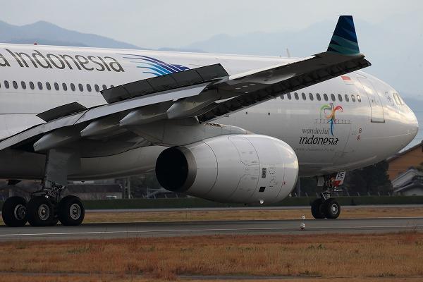 GA A330-341 PK-GPE RJOM 161230 05