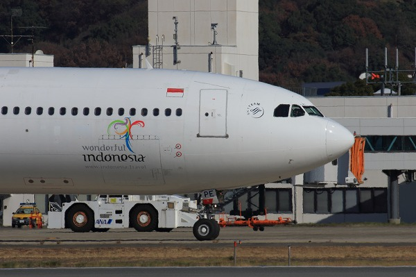 GA A330-341 PK-GPE RJOM 161230 07