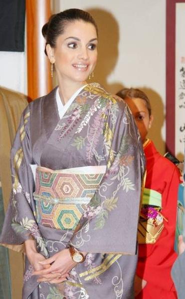 kimono134112850885.jpg