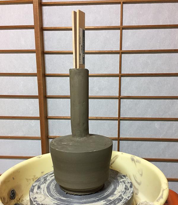 2016:11:22桜+そば釉ツル首花瓶4