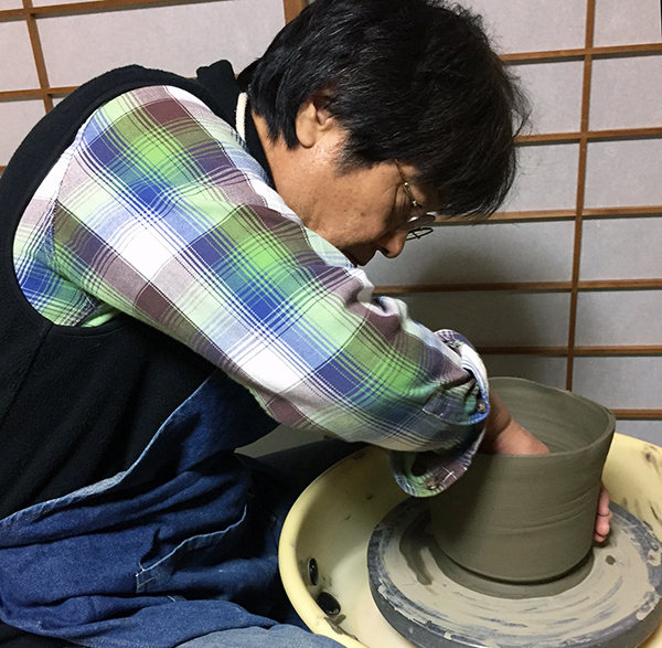 2016:11:22桜+そば釉ツル首花瓶2