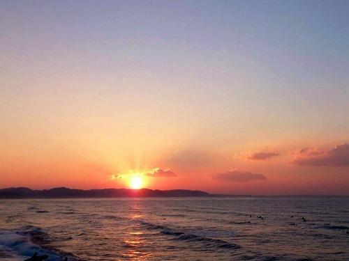 初日の出 日の出 あけおめ 海