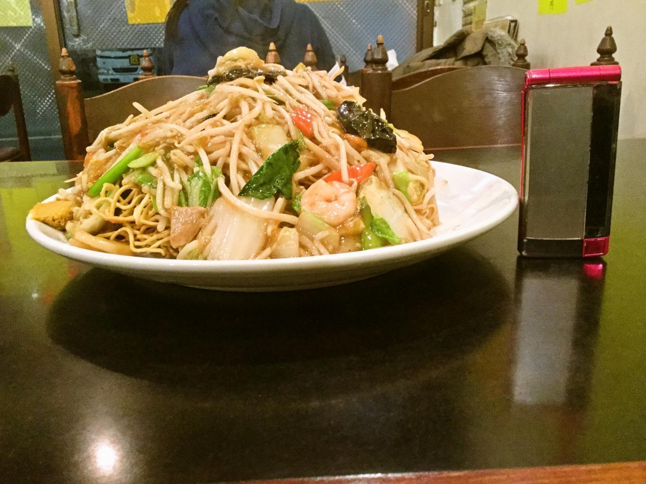 長城飯店(超特大かた焼きそば)