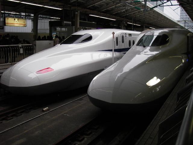 東京駅17番ホームにて201610-1