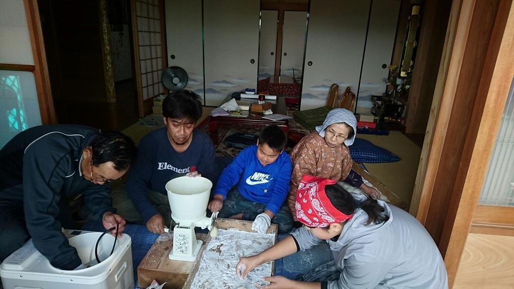 20161225中通町餅つき (13)