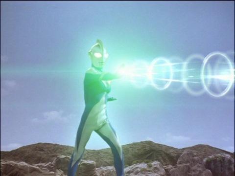 ルナモードの光線(名称解りません)で、レイキュラを無事封印