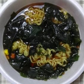 スープを混ぜて出来上がり!