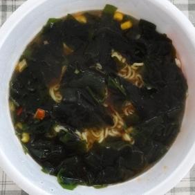 スープを混ぜて、出来上がり!