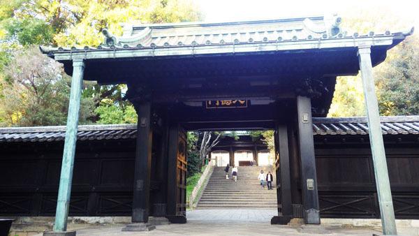 入徳門(にゅうとくもん)
