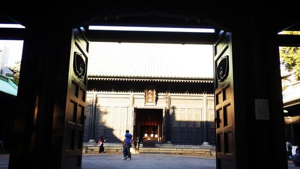 杏壇門から大成殿