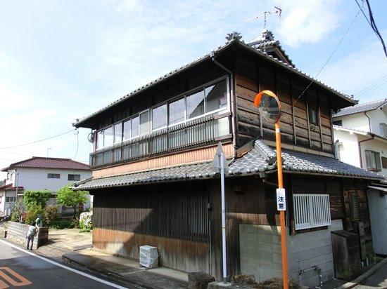s-2014-04-30 002 008