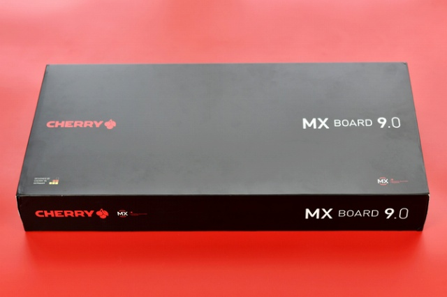 CHERRY_MX_BOARD_9_10.jpg