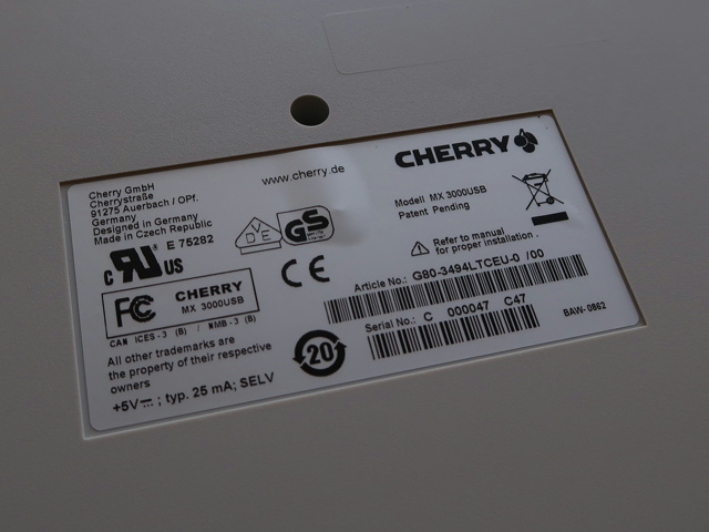 CHERRY_MX_Board_Silent_07.jpg