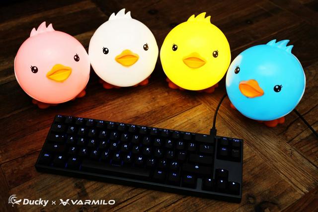 Ducky-Varmilo_Mech_01.jpg