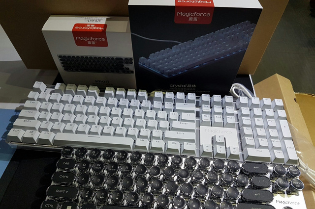 Magicforce_Crystal_01.jpg