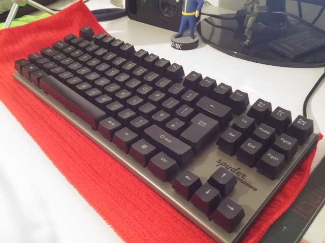 Mechanical_Keyboard84_07.jpg