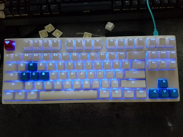 Mechanical_Keyboard84_70.jpg