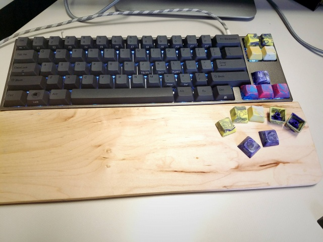 Mechanical_Keyboard84_92.jpg