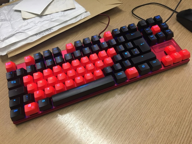 Mechanical_Keyboard84_98.jpg