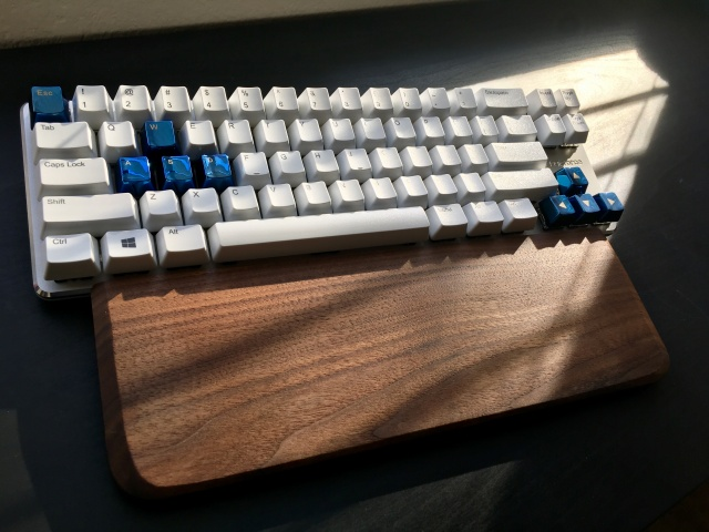 Mechanical_Keyboard85_03.jpg