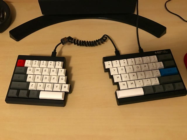 Mechanical_Keyboard89_04.jpg