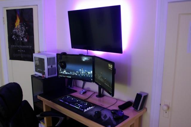 PC_Desk_MultiDisplay79_05.jpg