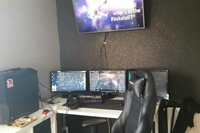 PC_Desk_MultiDisplay79_13.jpg