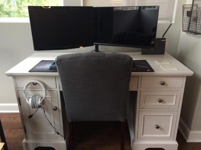 PC_Desk_MultiDisplay79_24.jpg