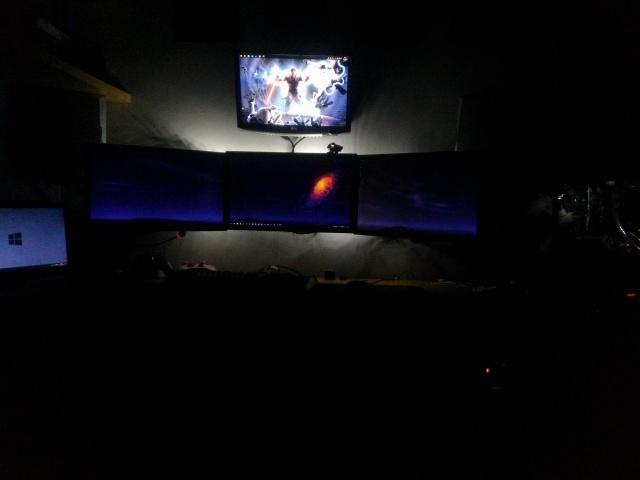 PC_Desk_MultiDisplay79_39.jpg