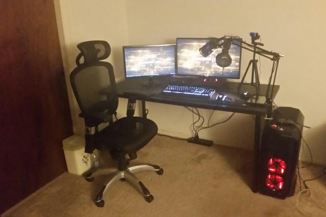 PC_Desk_MultiDisplay79_47.jpg