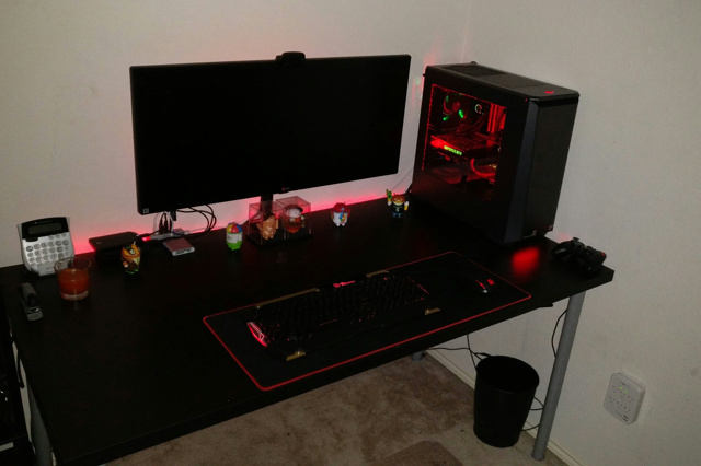 PC_Desk_UltlaWideMonitor14_34.jpg
