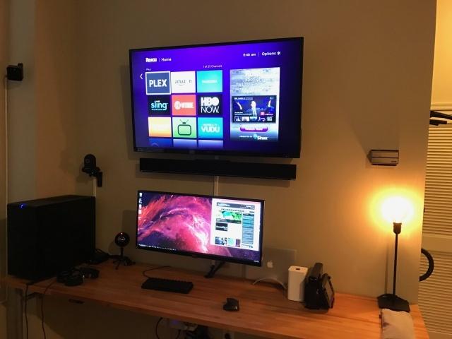 PC_Desk_UltlaWideMonitor14_41.jpg