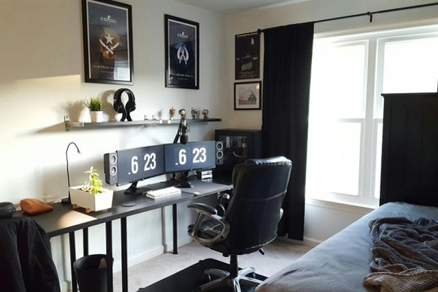 PC_Desk_UltlaWideMonitor14_56.jpg