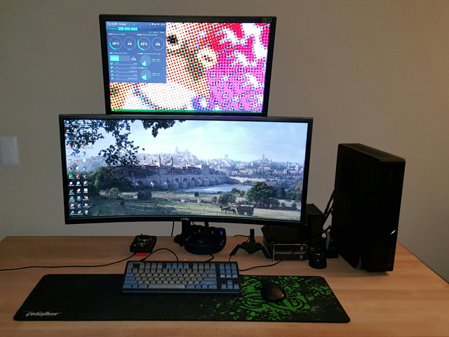 PC_Desk_UltlaWideMonitor15_37.jpg