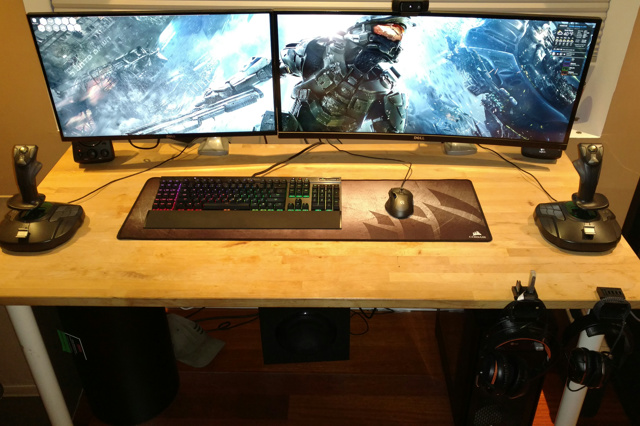 PC_Desk_UltlaWideMonitor15_54.jpg
