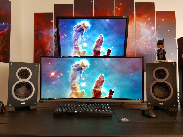 PC_Desk_UltlaWideMonitor16_30.jpg