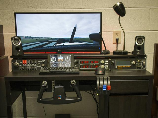 PC_Desk_UltlaWideMonitor16_68.jpg