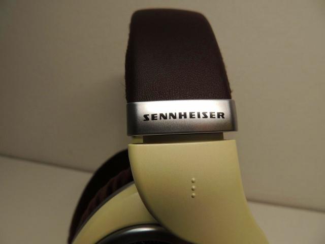 SENNHEISER_HD559_05.jpg