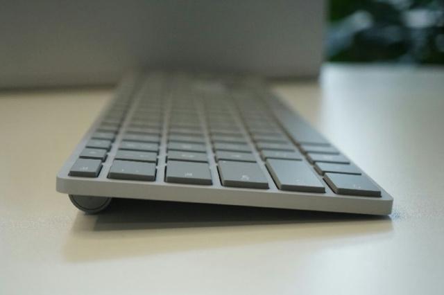 Surface_Keyboard_03.jpg